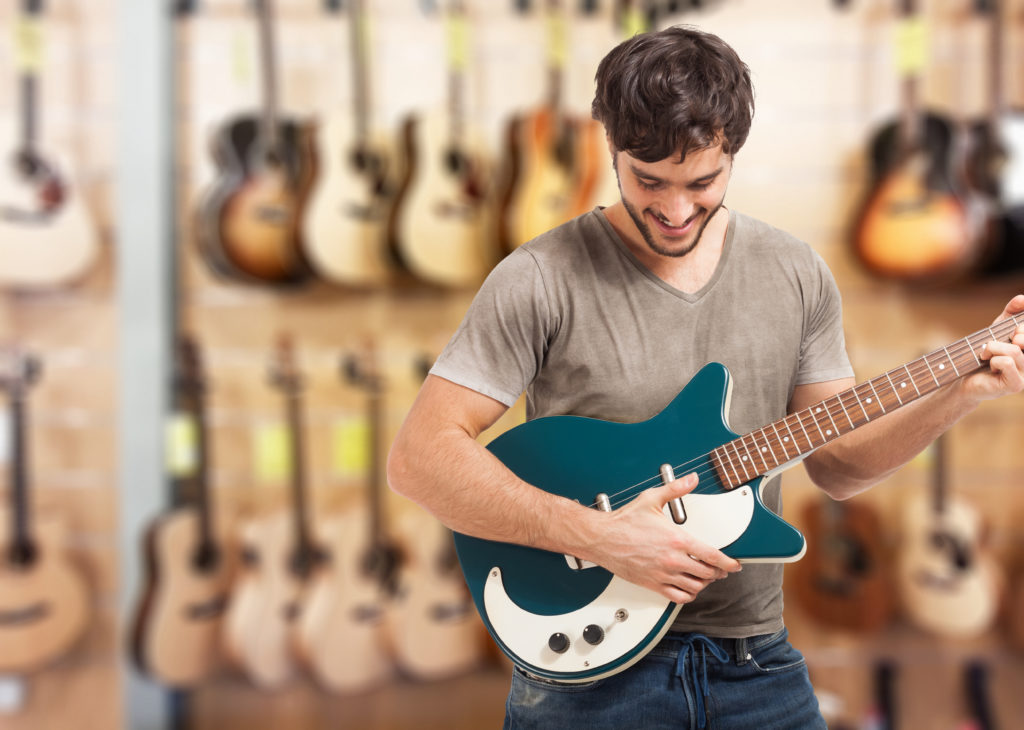 Types of Guitars: Beginners Guide to Buying a Guitar