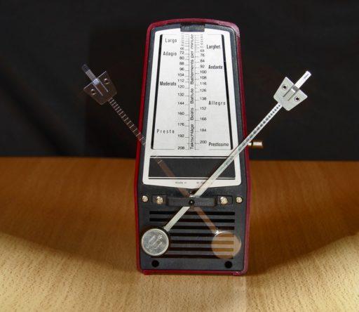 metronome-1502798_1280