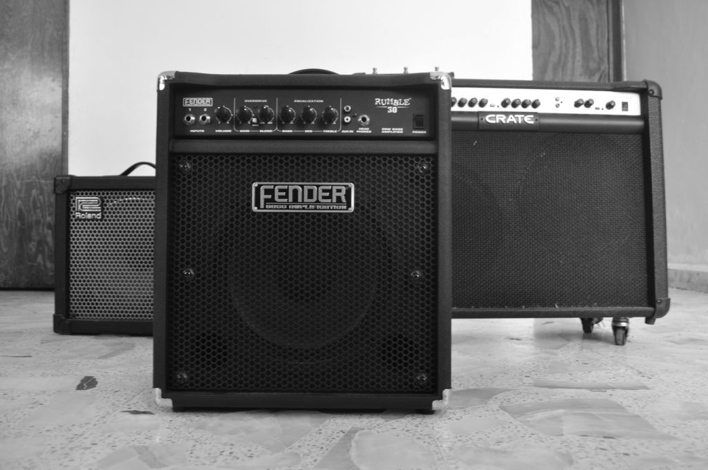 10-Best-Guitar-Amps-for-Beginners