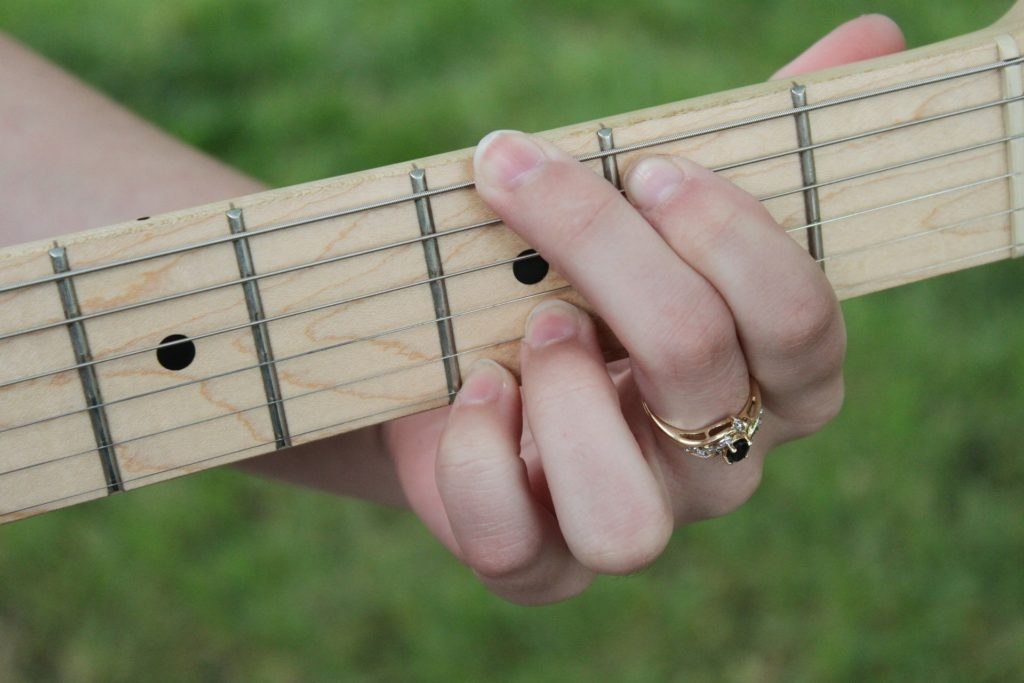 How To Change Guitar Chords Fast Easy Tricks For Beginner Guitarists