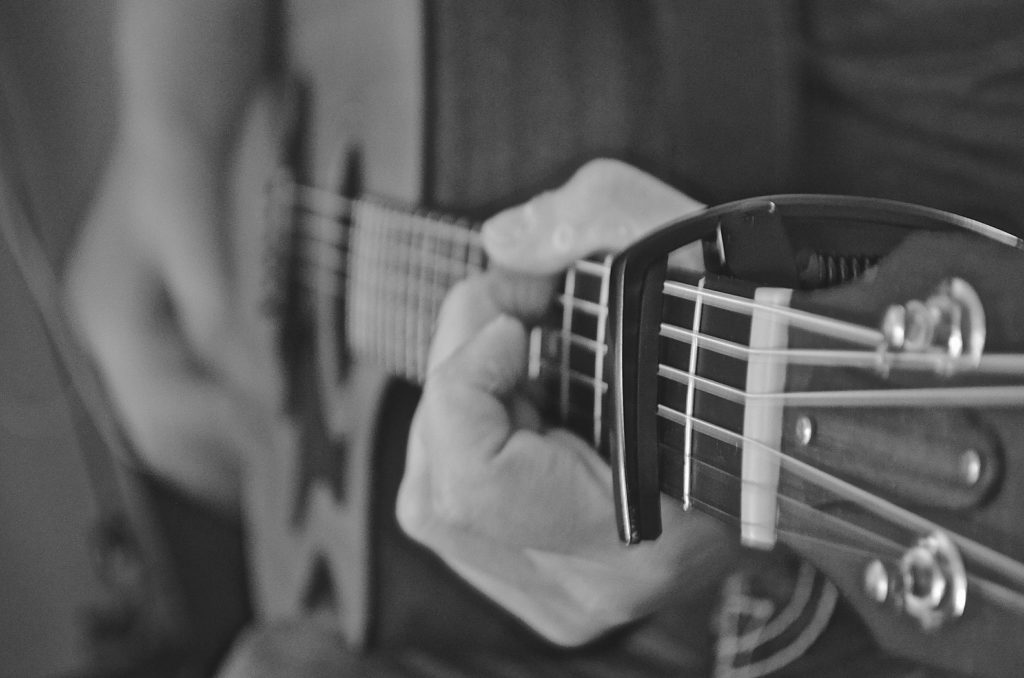 7th Chords: What are they and How to play them on the Guitar ...