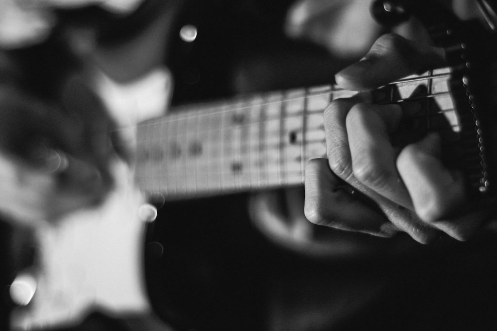 Everything You Need to Know About Rock Guitar Chord Progressions ...
