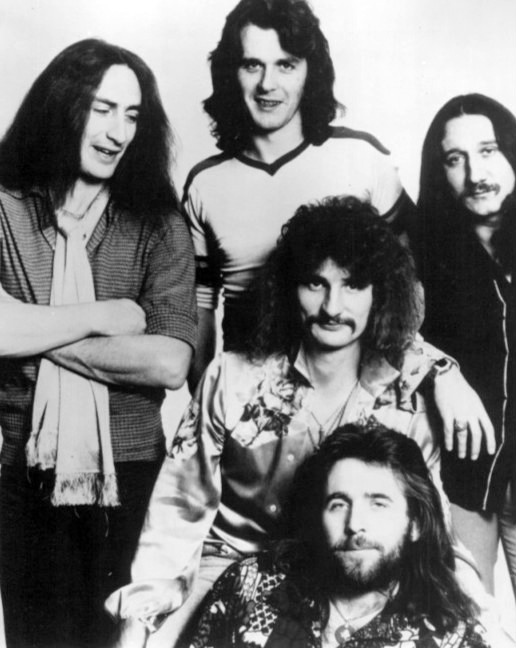 Lady In Black by Uriah Heep | Lyrics with Guitar Chords - Uberchord App
